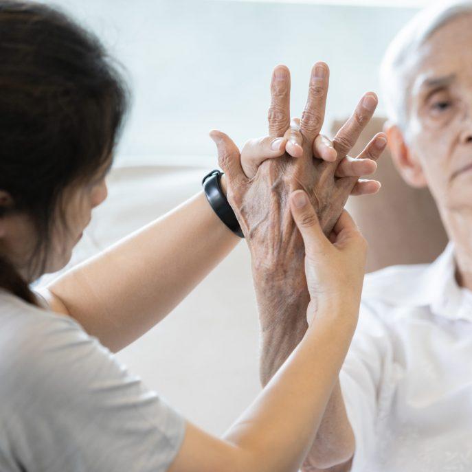 Elderly,Female,Patient,Suffer,From,Numbing,Pain,In,Hand,arthritis,tendon,Inflammation,stiffness